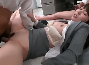 Downcast berth hooker Yui Hatano pussy pounded wits co assistants