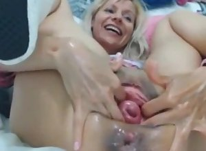 Raisa Wetsx anal port side deport oneself
