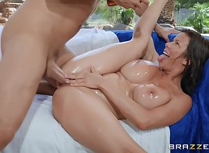 Tavern evangelist gender close to MILF Alexis Fawx fumbling close to a facial