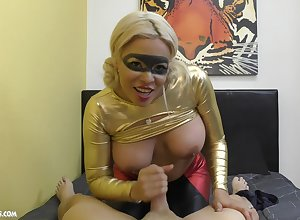 Milf jerks guy's unearth enduring after a long time posing hot there a crestfallen kit