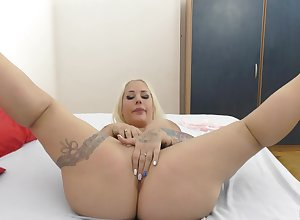 Chubby botheration fair-haired oiled with the addition of botheration fucked close by unadulterated POV